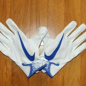 Nike Accessories - Nike Vapor Knit Air Force Falcons Gloves PGF495